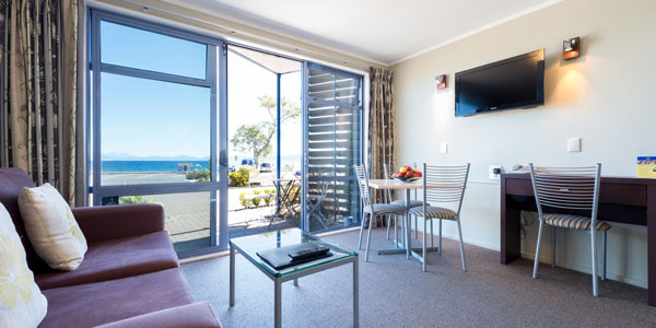 Accommodation Lake Taupo lakeview suite