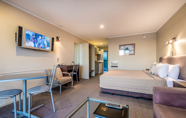 Taupo Accommodation Stay in Taupo at The Sails